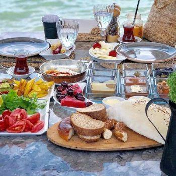 Barbun-restoran-fethiye-serpme-kahvaltı-macera-bizde